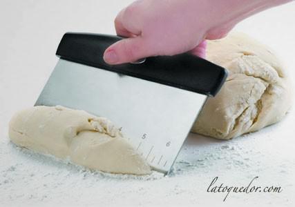 Coupe pâte inox avec cm