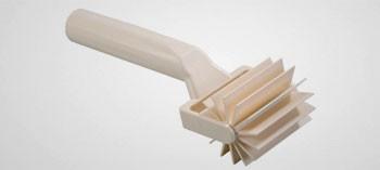Rouleau pique pâte spécial strudel