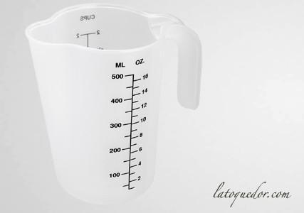 Pot à mesureur polypropylène 500 ml